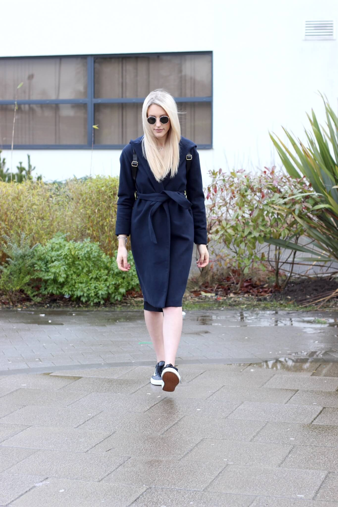 Top uk fashion blogger Charlotte Lewis