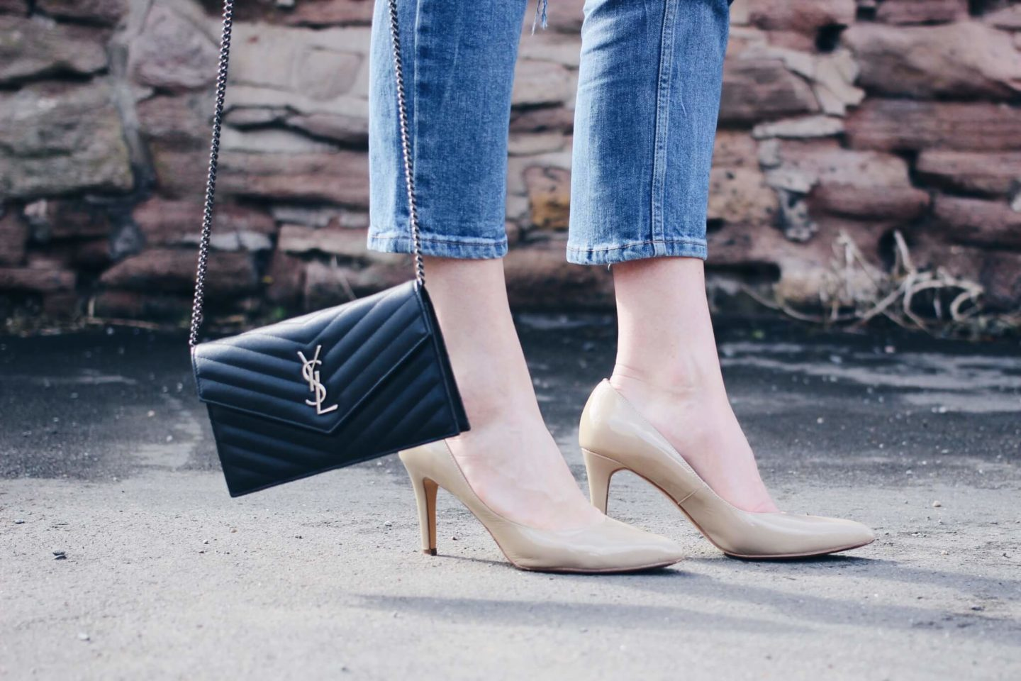 YSL Wallet on a chain saint Laurent Bag on UK FashionBlog Lurchhoundloves