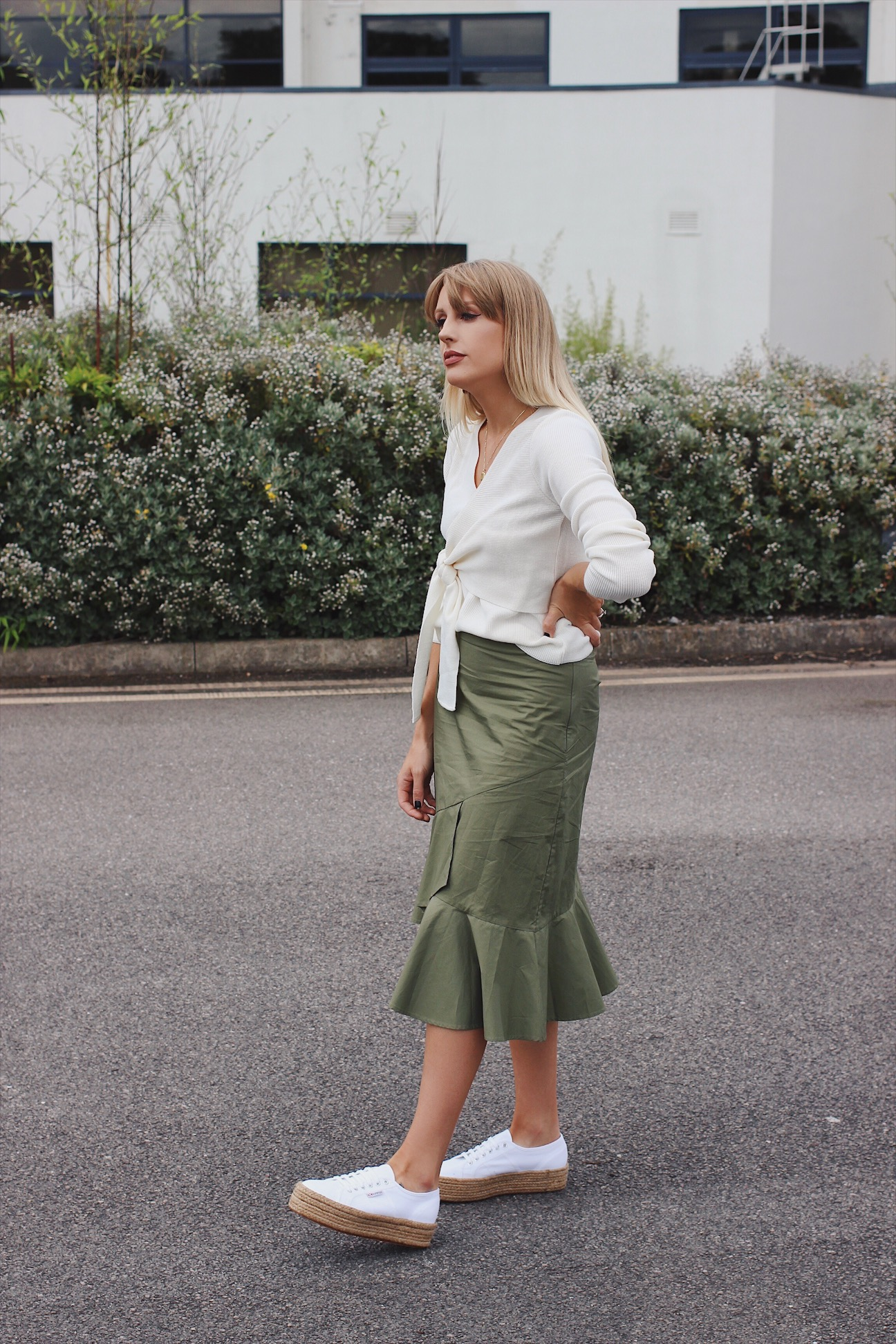 how to wear a midi skirt with knitwear and trainers on lurchhoundloves
