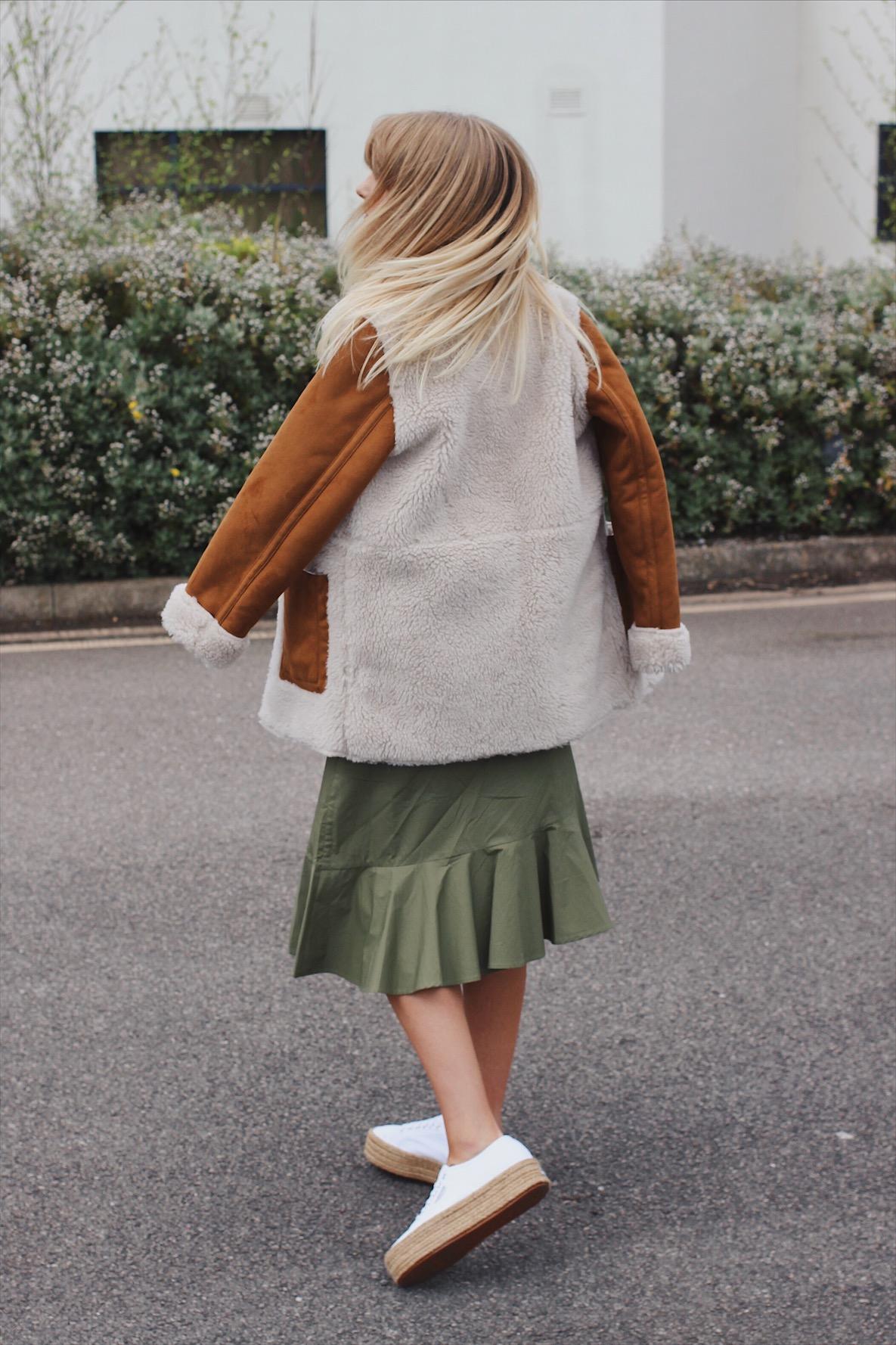 street style inspiration autumn outerwear asos shearling jacket