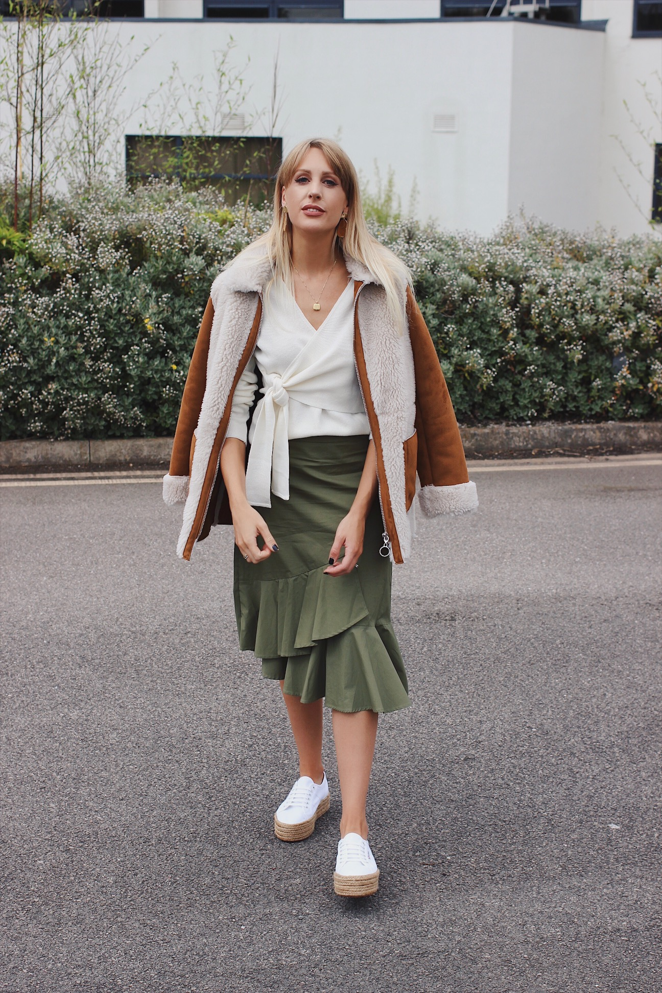 high street fashion blogger charlotte buttrick wearing asos and warehouse