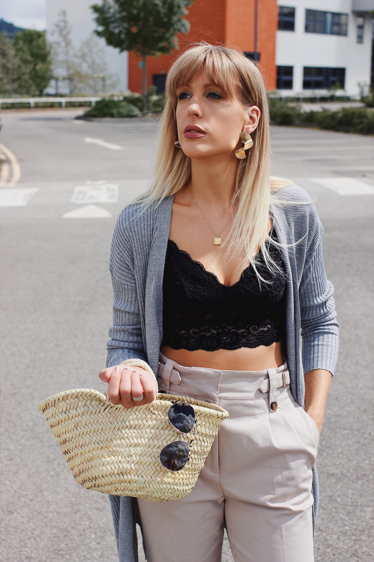 how to wear a crop top in your thirties