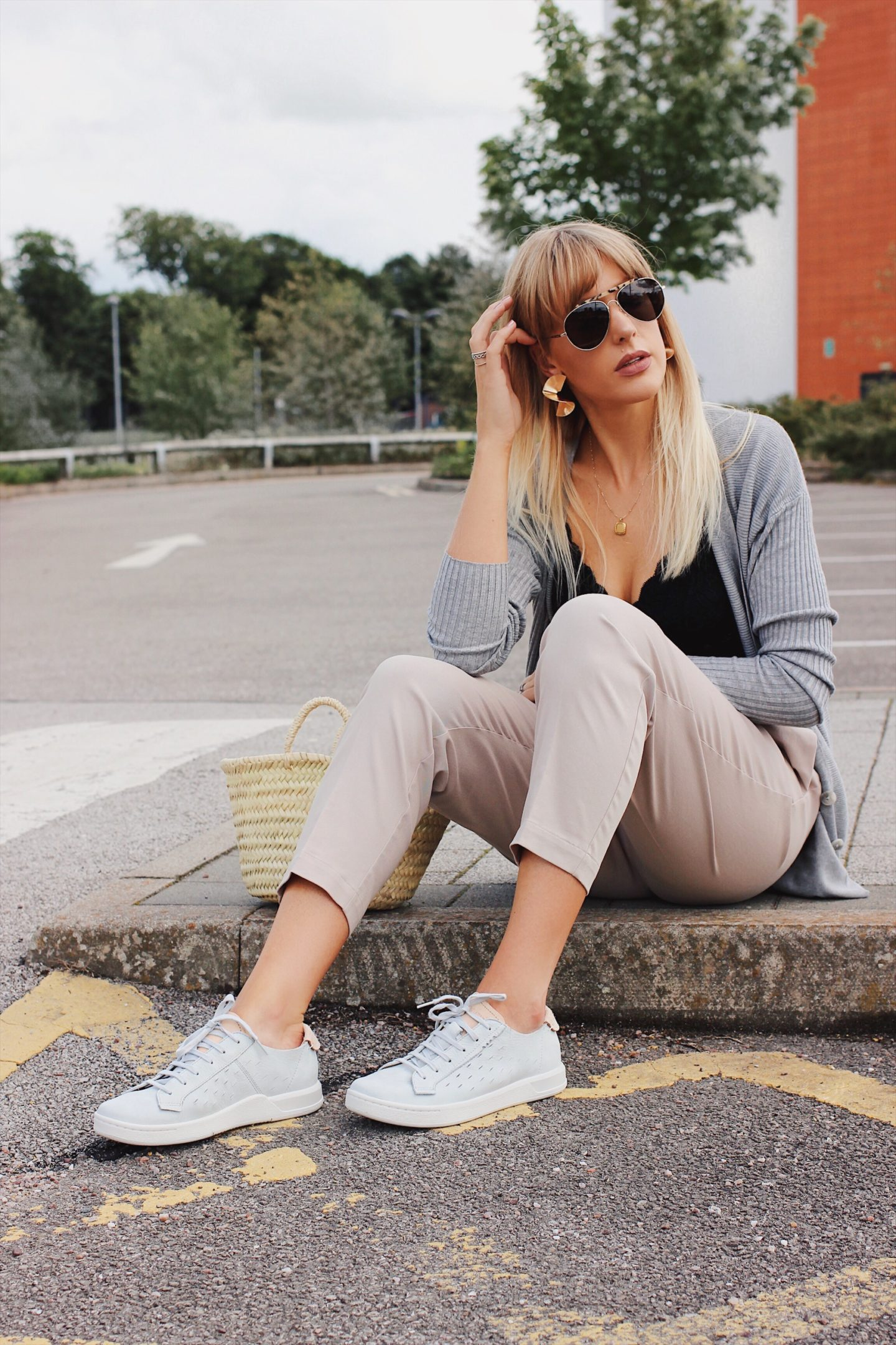 thirty year old fashion blogger charlotte buttrick