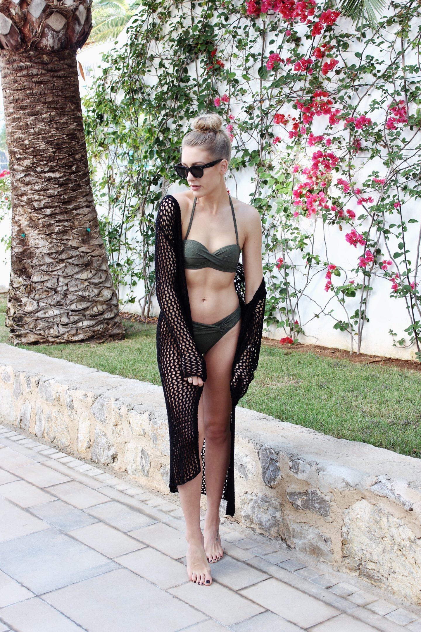 Styling a glitter bikini