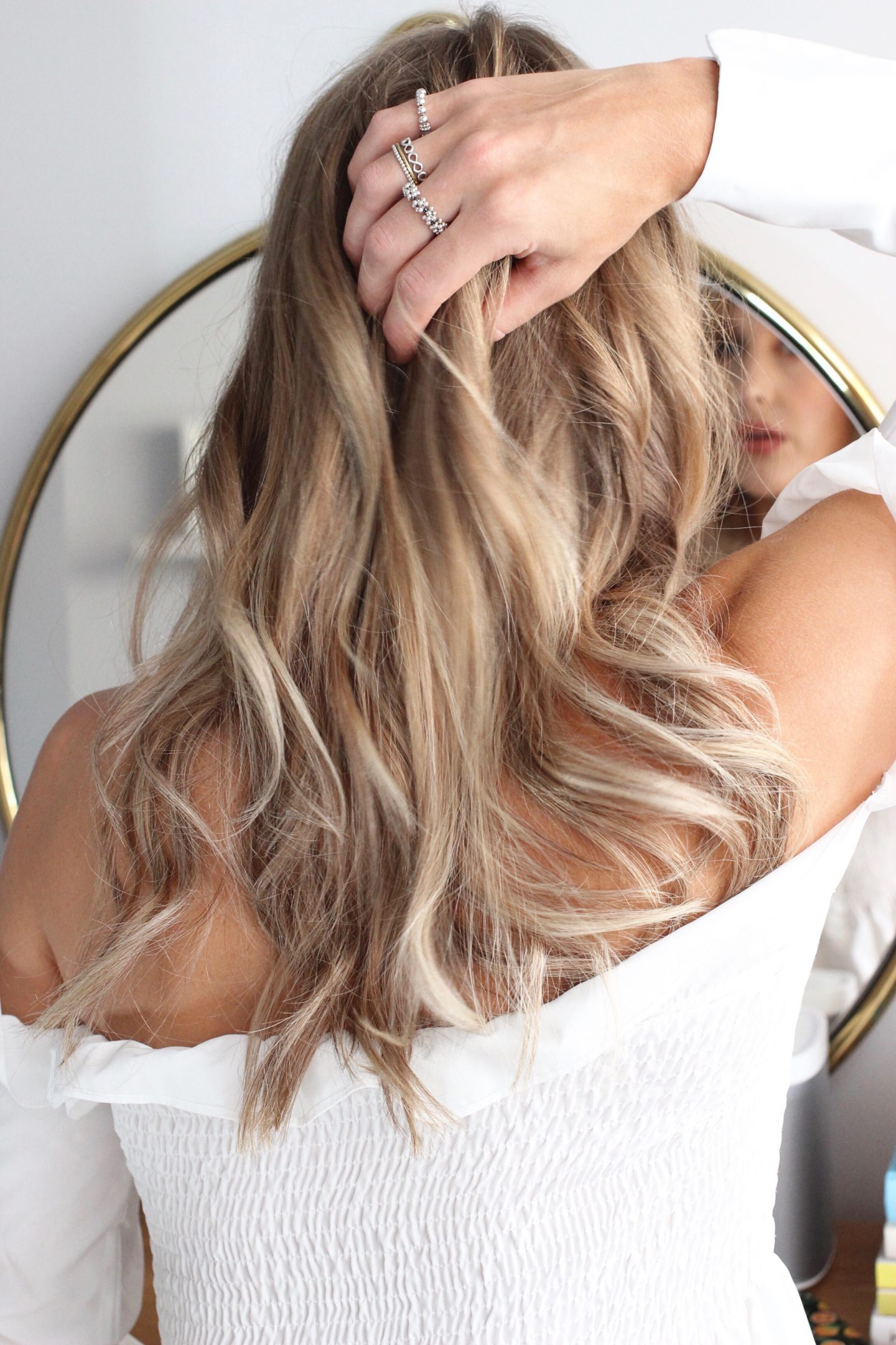 creating messy waves with the ghd platinum styler