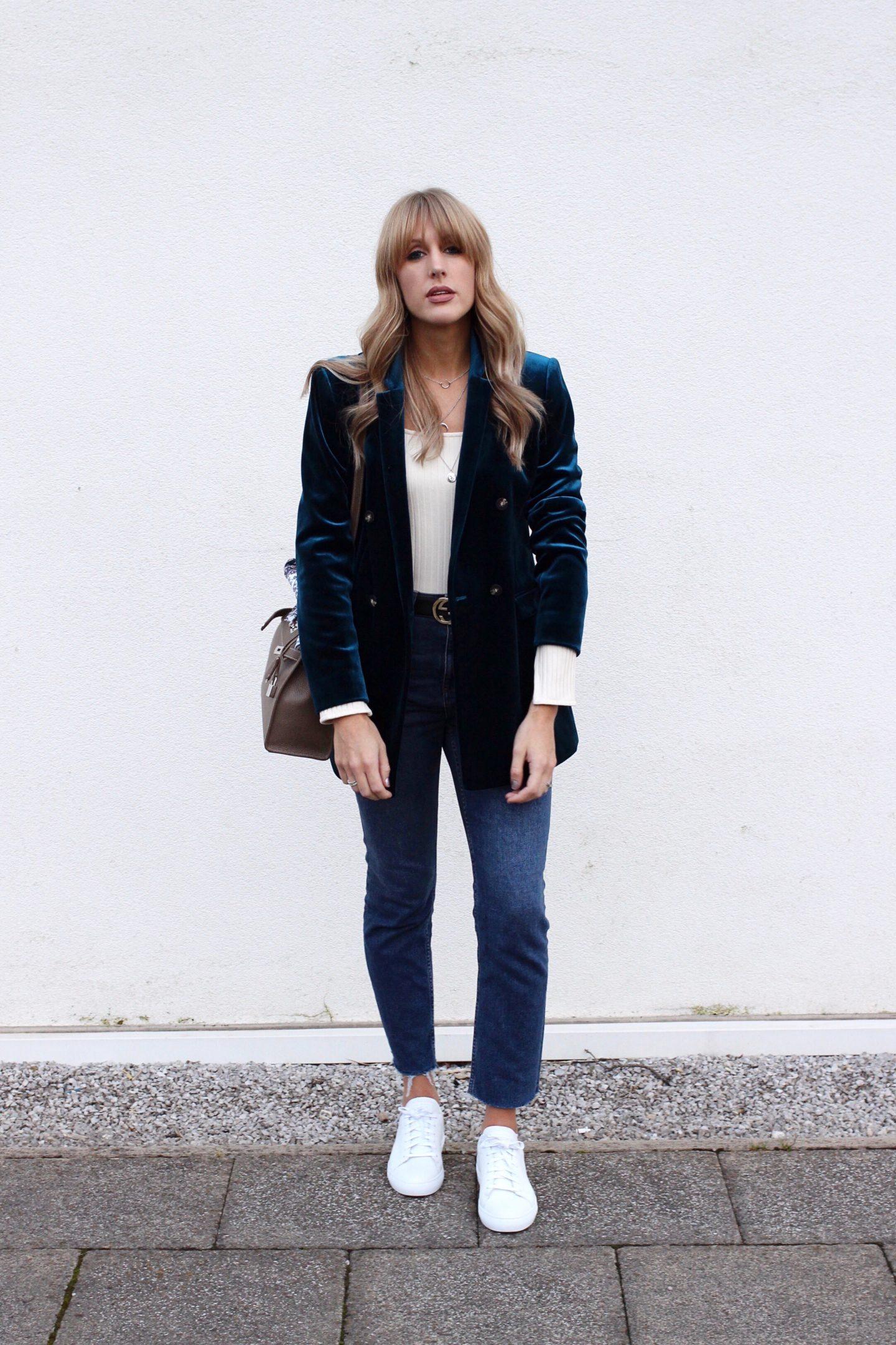 Velvet blazer street style