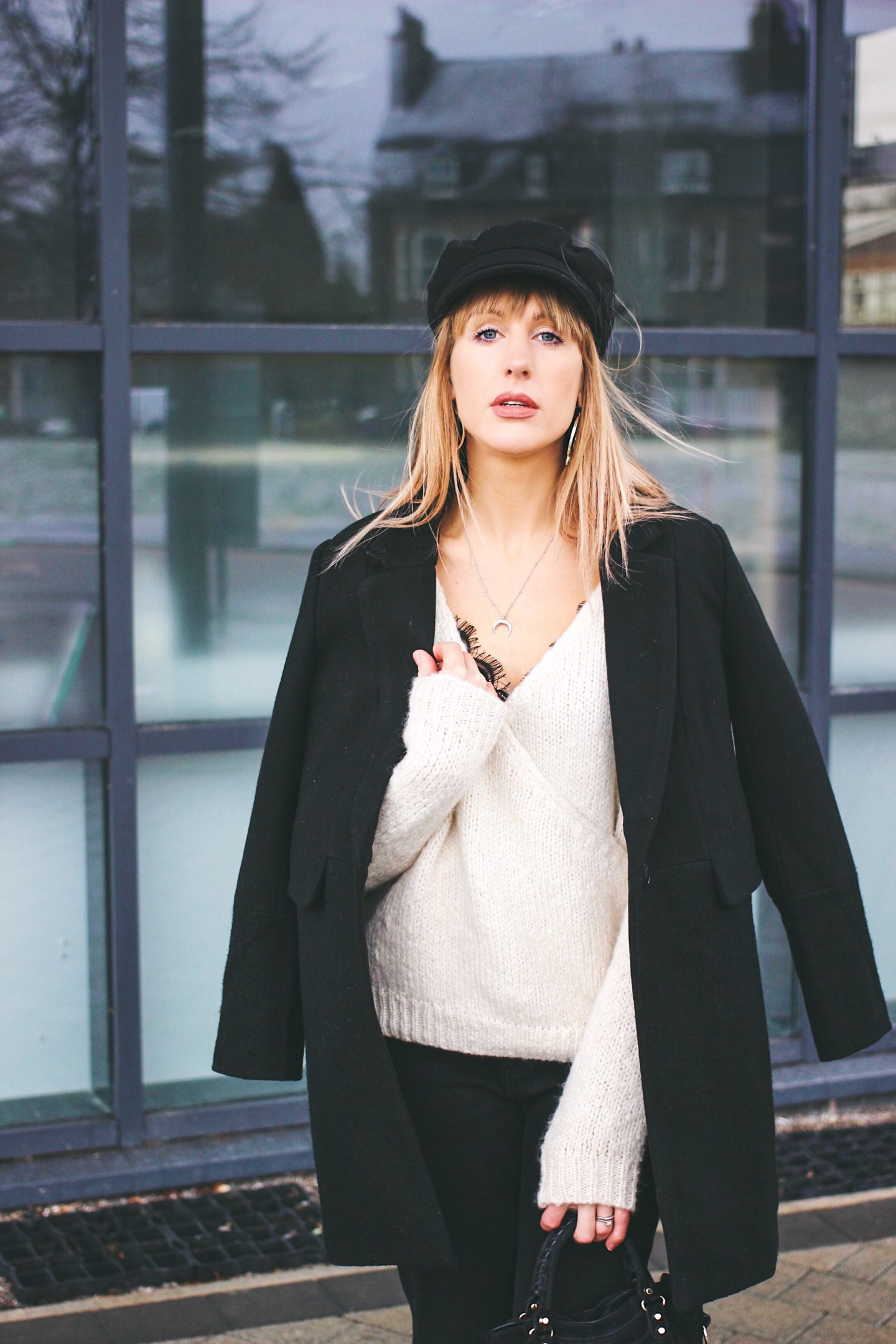 how to style a white jumper minimal monochrome outfit inspiration